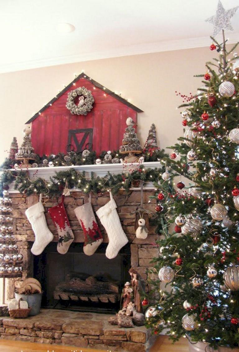 15 Good Farmhouse Christmas Tree Ideas