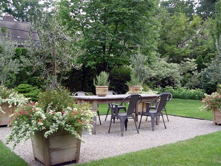 60+ Cozy Simple Courtyard Gravels Style Ideas Budget ... on Courtyard Ideas On A Budget id=40342